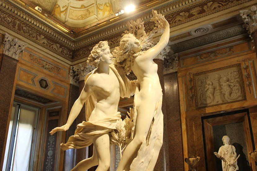 history of the borghese gallery Apollo And Daphne Bernini