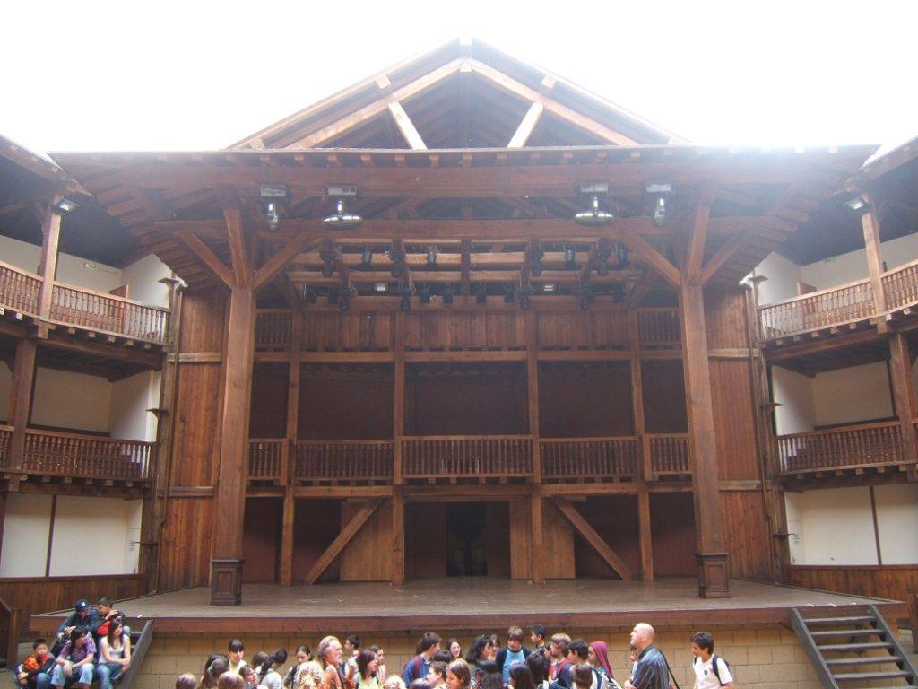 villa borghese park Silvani Toti Globe theatre
