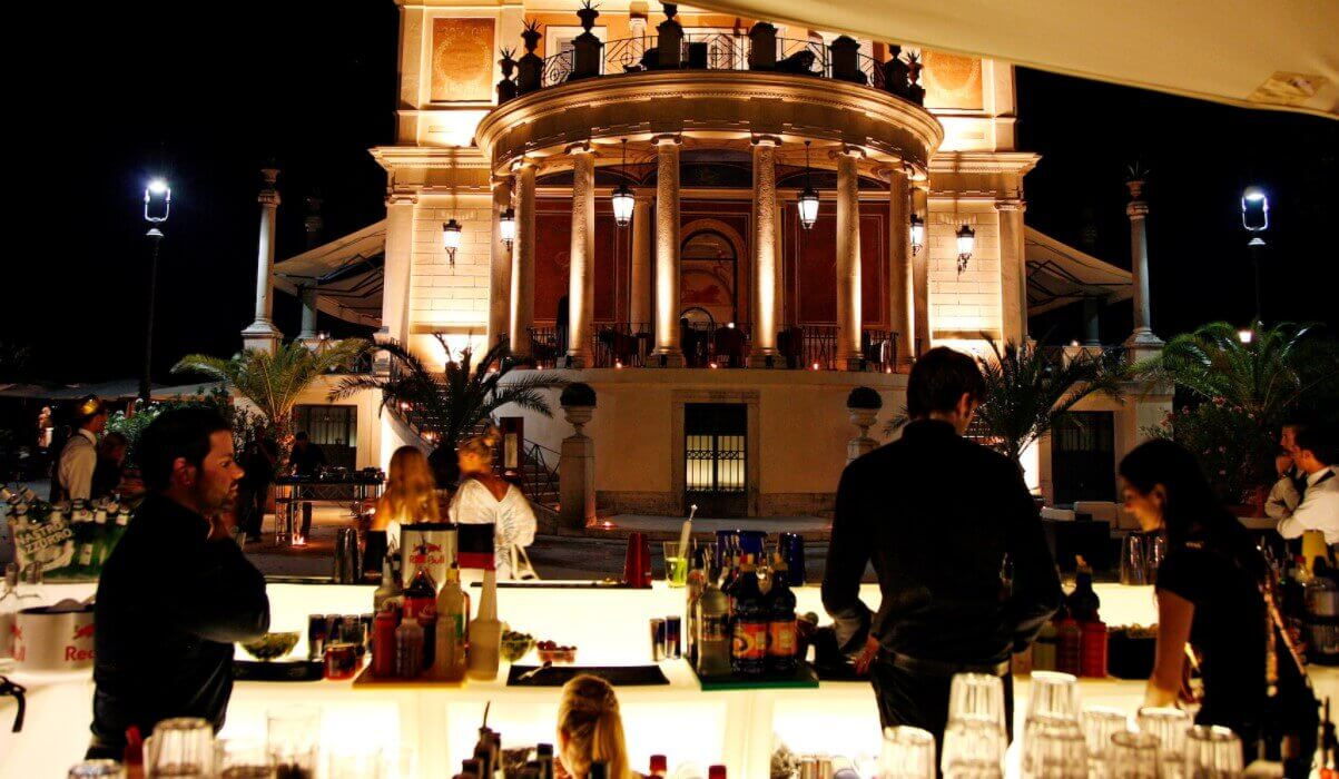 Casina Valadier night bar