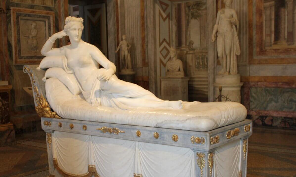 Piazza di Siena Villa Borghese gallery sculpture